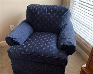 #32Vanguard Blue Club Chair (as is arms) $75.00