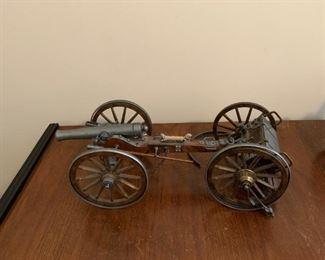 #45Civil War Era Cannon  w/ammo wagon (as is) 1861 Dahlgren  $100.00