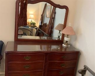 #52The Continental furniture Dresser w/8 drawers Curved Front w/Mirror 55Wx22Dx35T   Mirror 45x37 $275.00