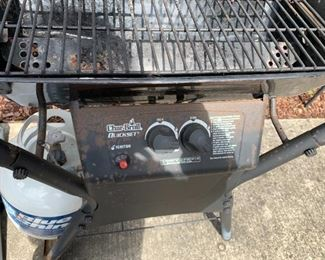 #105Charbroiler Gas Grill $30.00