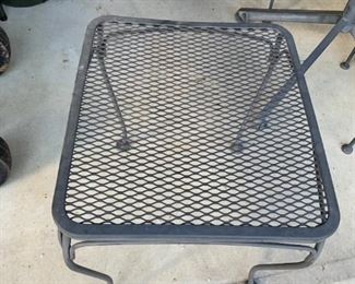 #125Wrought Iron Square Metal Table  18x20x19T $20.00