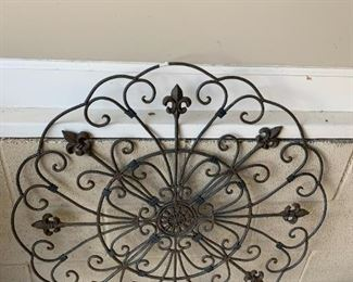 #140Wrought iron Artwork Piece  31Round $35.00