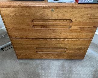 Beautiful 100% Oak Desk with matching File Cabinet
