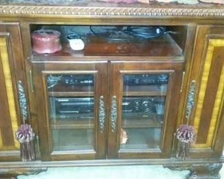 TV/entertainment cabinet