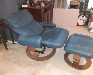 Ekornes style Chair and ottoman