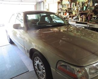 2003 Lincoln Marquis - 85,000 miles - $5900