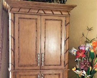 Lovely storage unit great for living room or bedroom or office.