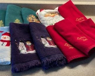 HALF OFF!  $4.00 NOW, WAS $8.00 Holiday Hand Towels (H092)