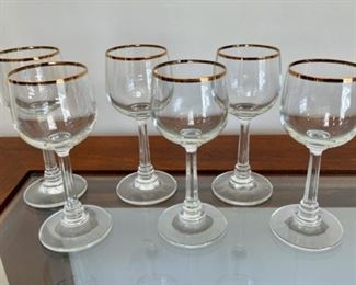 """CLEARANCE !  $2.00 NOW, WAS $12.00...................Set of 6 Gold Rim Glasses 5 1/2"""" tall (H050)"""