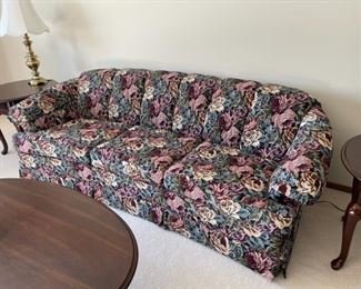 REDUCED!  $75.00 NOW, WAS $100.00...............Charles Schneider Floral Sofa excellent condition (H008)