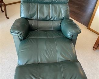 Open View: Lazyboy Recliner (H010)