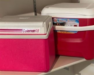 $10.00................2 Coolers (H240)
