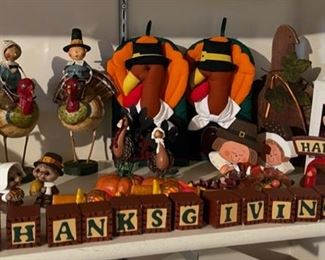 $10.00...............Thanksgiving Decor (H241)