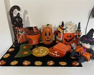 CLEARANCE !  $4.00 NOW, WAS $12.00.................Fall Decor (H231)