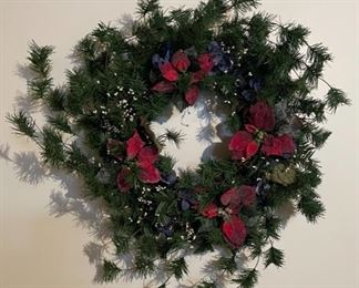 CLEARANCE !  $4.00 NOW, WAS $16.00................Christmas Wreath (H229)