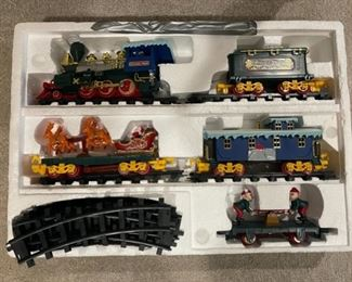 REDUCED!  $18.75 NOW, WAS $25.00...................Christmas Carol Express Train (H222)