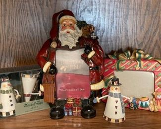 CLEARANCE !  $3.00 NOW, WAS $10.00..................Holiday Decor  (H190)