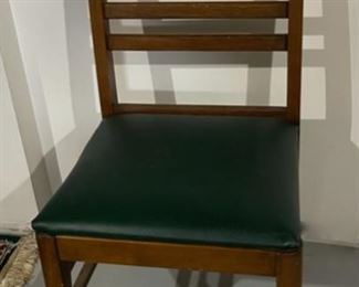 REDUCED!  $9.00 NOW, WAS $12.00..................Solid Chair (H169)