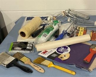 CLEARANCE !  $2.00 NOW, WAS $12.00....................Paint Brushes and more (H172)