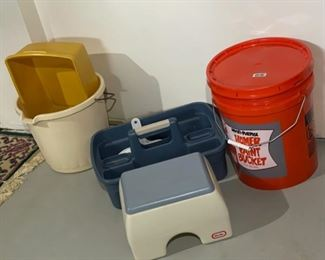 HALF OFF!    $3.00 NOW, WAS $6.00..............Stool, Buckets and more (H166)
