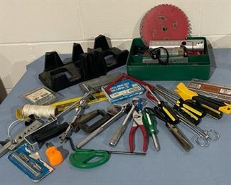 HALF OFF!  $6.00 NOW, WAS $12.00...............Tools and more (H146)
