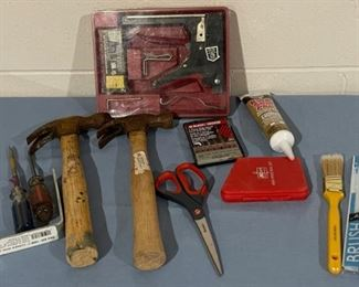 HALF OFF!  $6.00 NOW, WAS $12.00...............Tools and more (H147)