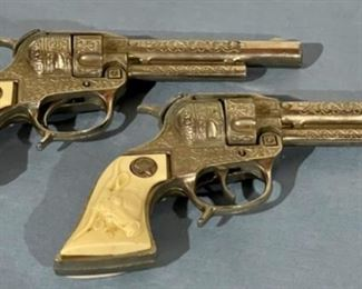 REDUCED!  $30.00 NOW, WAS $40.00......................Vintage Toy Cap Guns (H142)