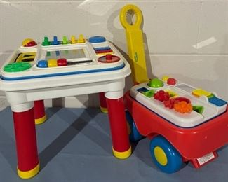 REDUCED!  $18.75 NOW, WAS $25.00...................Toys (H122)