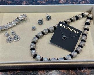 $10.00.......................Costume Jewelry (H111)