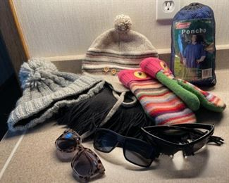 REDUCED!  $9.00 NOW, WAS $12.00......................Hats, Mittens and more (H355)