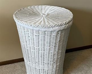 """REDUCED!  $9.00 NOW, WAS $12.00.........................Wicker Hamper 24"""" tall (H343)"""