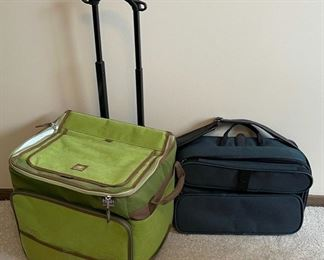 CLEARANCE !  $4.00 NOW, WAS $20.00......................Luggage (H340)