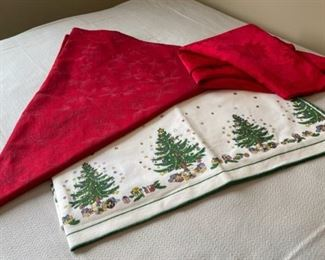 CLEARANCE !  $3.00 NOW, WAS $12.00...................Tablecloths (H331)