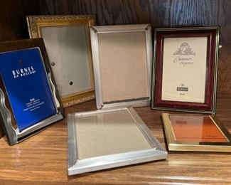 CLEARANCE !  $3.00 NOW, WAS $12.00.......................Frames (H293)
