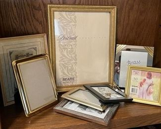 CLEARANCE !  $3.00 NOW, WAS $12.00.........................Frames (H289)