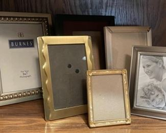 CLEARANCE !  $3.00 NOW, WAS $12.00.......................Frames (H292)