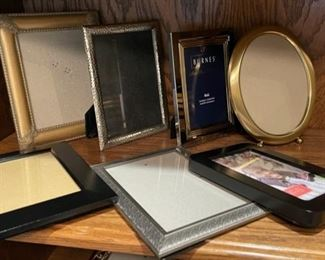 CLEARANCE !  $3.00 NOW, WAS $12.00.......................Frames (H283)