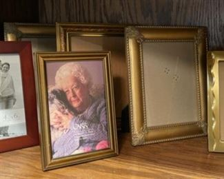 CLEARANCE !  $3.00 NOW, WAS $12.00.........................Frames (H284)
