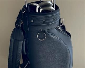 CLEARANCE !  $25.00 NOW, WAS $100.00.....................Club Golf Bag, King Cobra 1 Wood, Langert Driver 9.75, Northwestern Tour Players 3 Wood 16, 5 Wood 21, Palmer Peerless 3 Wood, Pro Edge 56/12 Wedge System, ProTech PT3 os Plus P, Crown Viper Oversize S (H401)