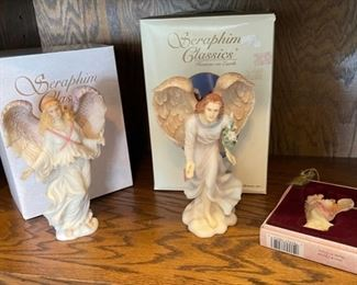 CLEARANCE !  $10.00 NOW, WAS $60.00.................Seraphim Classic Angels (H393)