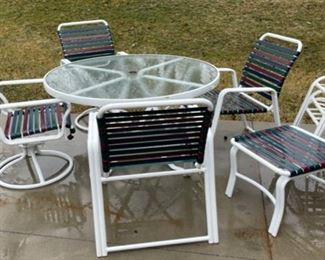 """JUST ADDED!  $100.00................Nice Patio Set, table is 48"""" diameter includes 4 chairs and 3 bench stools (HH1)"""