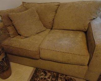 Love Seat/ Sleeper Sofa/Excellent Condition