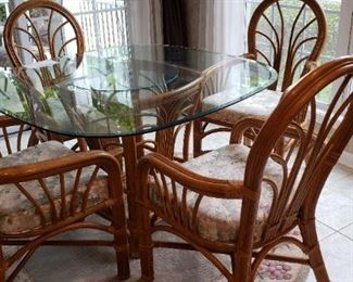 "Raritan Glass Top Table 51"" round with 4 chairs"
