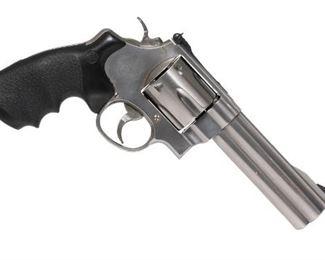 Smith & Wesson 629-5 Classic .44 Magnum Revolver