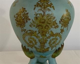 French Blue Urn - DR 11.  Available ONLINE ONLY @ www.scavengersparadise.com                                              Please read all Terms & Conditions before purchasing.