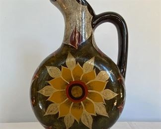 Sun Flower Pitcher - K8. Available ONLINE ONLY @ www.scavengersparadise.com                                              Please read all Terms & Conditions before purchasing.