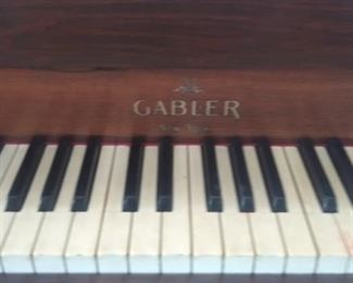 Piano needs tunning Logo - Gabler, New York