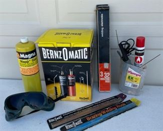 $14.00.................Torch Kit and more (S040)