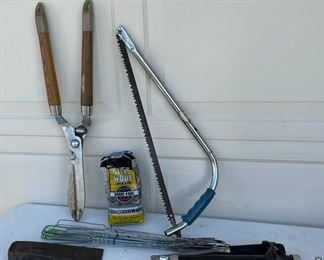HALF OFF!  $5.00 NOW, WAS $10.00.........................Saw, Garden Shears and more (S039)