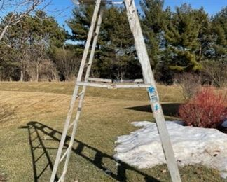 CLEARANCE !  $15.00 NOW, WAS $50.00...............Werner Ladder (S033)